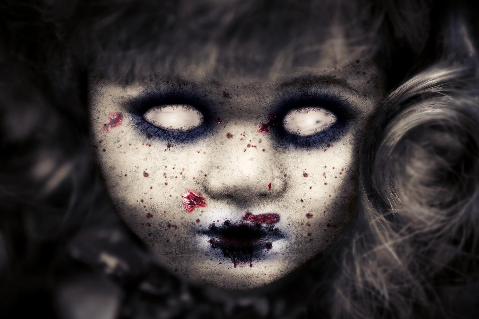 Los peligros de las lentillas para Halloween: que tu noche no acabe en urgencias.